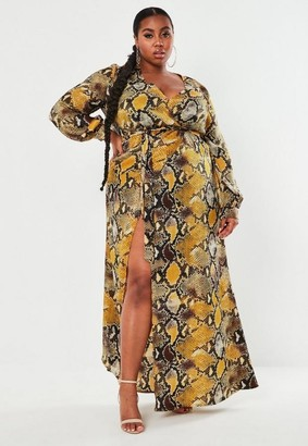 Missguided Size Yellow Snake Print Plunge Maxi Dress