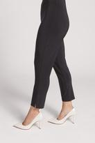 Sympli Narrow Short Pant