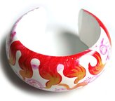 Idin Jewellery - Red hand-painted wave pattern bangle from mango wood
