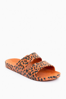 Freedom Moses Leo Toffee Moses Sandal