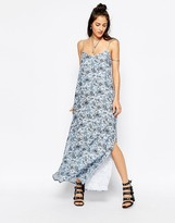 Motel Carri Maxi Dress In Wallpaper Print