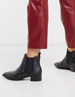 Senso leather ankle boots in black