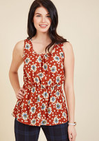 Lively Workplace Sleeveless Top in Brick Floral in 4X