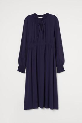 H&M MAMA Ruffled Collar Dress - Blue