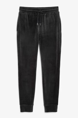 Monki Velour sweatpants