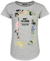 Golddigga Women Ribbed Trim T Shirt Tee Top Crew Neck Short Sleeve Graphic Print