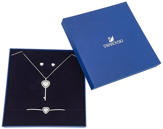 Swarovski Engaged Woman's Necklace & Earrings Set