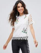 Liquorish Star Lace White Floral Embroidered Top