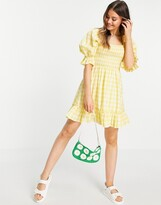 Thumbnail for your product : New Look tie back shirred smock dress in yellow gingham