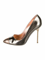 Thumbnail for your product : Sergio Rossi Patent Leather Pumps Grey