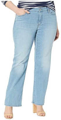 Levi's(r) Plus 415 Classic Bootcut (Easy Everyday Jean w/ Embroidery) Women's Jeans