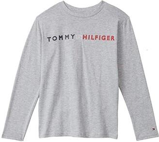 Tommy Hilfiger Horizontal Logo Flag Long Sleeve T- Shirt (Bid Kids) (Grey Heather) Boy's Clothing