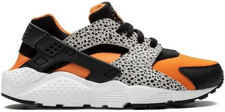 Nike Kids TEEN Huarache Run Safari sneakers