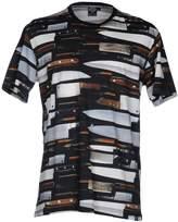 Iuter T-shirts - Item 12056826