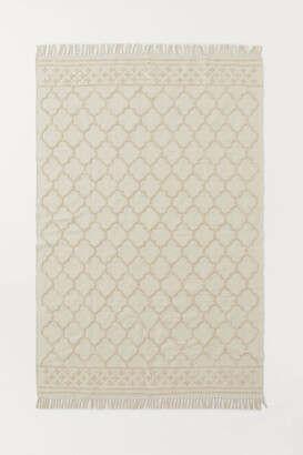 H&M Large Tasseled Rug