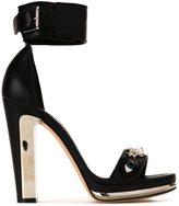 Alexander McQueen buckled sandals - women - Lamb Skin - 37