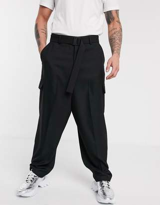 Asos Design DESIGN smart oversized trousers with cargo pockets and clip belt in black-Yellow