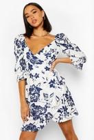 boohoo Floral Print Puff Shoulder Tea Dress
