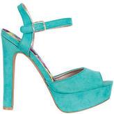 Delia's Darcy Heel
