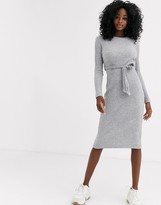 New Look belted midi knitted dress in gray