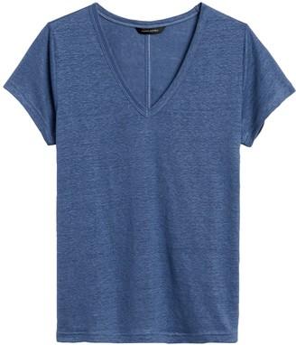 Banana Republic Petite Linen V-Neck T-Shirt
