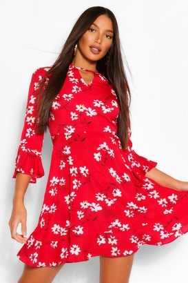 boohoo Tall Woven Floral Print Skater Dress