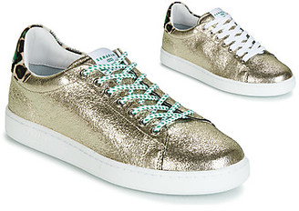 Serafini J.CONNORS women's Shoes (Trainers) in Silver