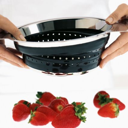 Rosle Black Collapsible Strainers
