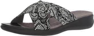 SoftWalk Women's Tillman Slide Sandal