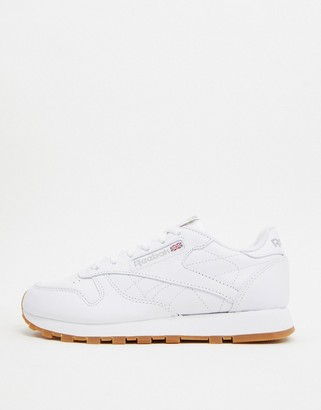 Reebok Classic White Leather sneakers with gum sole