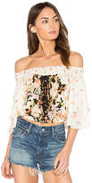 Band of Gypsies Poinsettia Floral Blouse in Cream. - size L (also in M,S,XS)