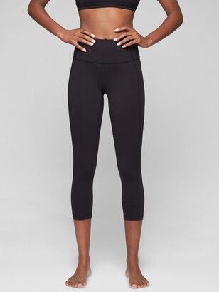 Athleta Salutation Capri In Powervita