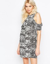 Daisy Street Shift Dress With Frill Top In Mono Scratch Print