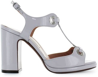 L'Autre Chose Light Grey Patent Leather Sandal