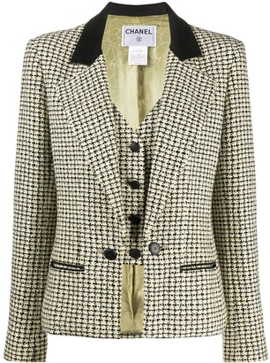 Chanel Pre Owned 2002 Layered Tweed Blazer
