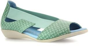 CLOUD Cacey Wedge Sandal