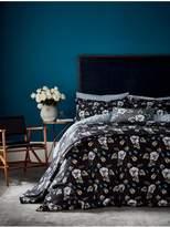 V&A Gardenia Bedspread Throw