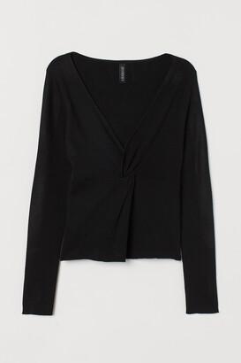 H&M V-neck jumper