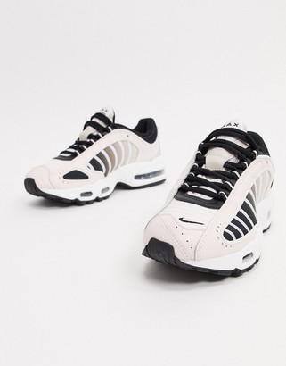 Nike Tailwind Pale pink sneakers