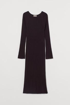 H&M Merino Wool Dress - Purple