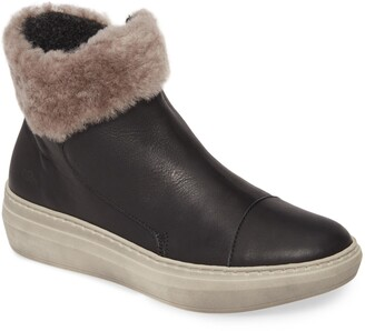 CLOUD Quies Wool Lined Bootie with Genuine Shearling Cuff