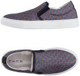 fe-fe Low-tops & sneakers