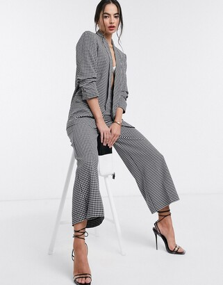 Stradivarius ruched sleeve blazer in check
