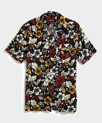 Todd Snyder Aloha Hibiscus Print Camp Collar Short Sleeve Shirt in Black