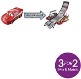 Disney Cars Transforming Lightning McQueen Playset