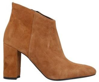 DIVINE FOLLIE Shoe boots