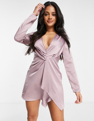 I SAW IT FIRST plunge neck knot front dress in purple