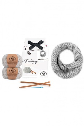 Stitch & Story - Stone Marble Simple Chunky Snood Craft Knitting Kit