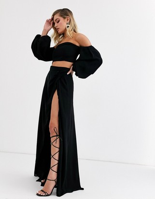 Yaura high waist maxi skirt with split two-piece in black