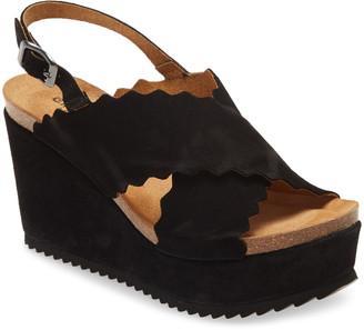 Chocolat Blu Carolena Scallop Wedge Platform Sandal